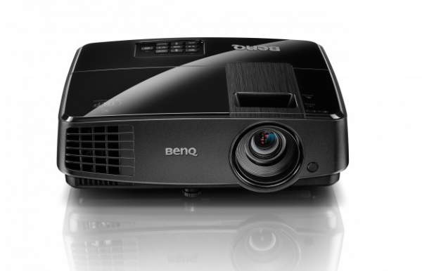 may chieu BenQ MS506